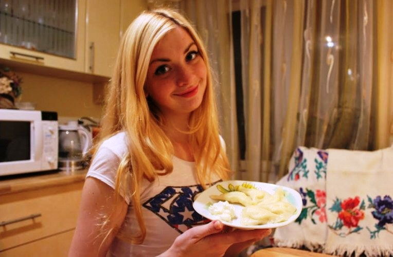 Ukrainian girls excel at cooking from young age