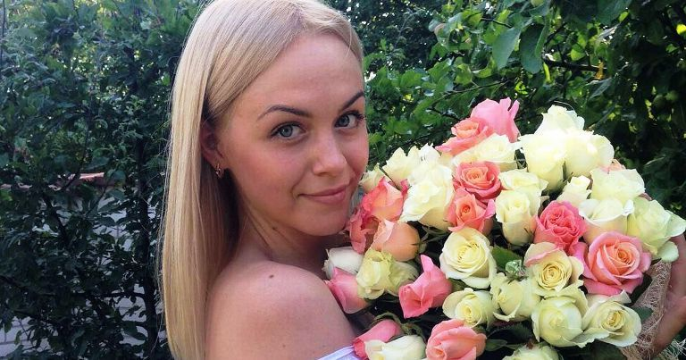 Ukrainian ladies online: a guide to sending them flowers