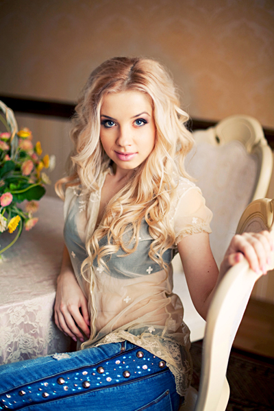 A beautiful Ukrainian girl – your new love from Eastern Europe