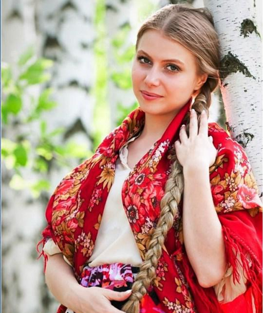 Beautiful Ukrainian women on dating sites looking for love and romance abroad